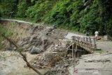 Banjir Bandang Empat Desa Dan Satu Kelurahan Terisolir