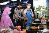 Korlantas memberi bantuan 3.150 paket sembako untuk pengungsi Merapi