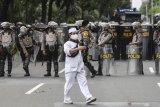 Polisi amankan 455 pengikut Rizieq Shihab karena tolak tes cepat