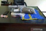 Polda Sulawesi Tenggara tangkap kurir 1,6 kg ganja di Kendari