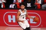 Spurs setuju perpanjangan kontrak Derrick White empat tahun