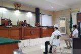 Empat mahasiswa pedemo UU Ciptaker di Semarang diadili