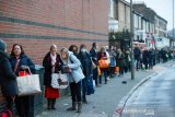 Inggris kembali 'lockdown', setelah varian baru COVID-19 menggila