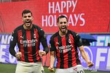 Pemain AC MIlan Hakan Calhanoglu dan Theo Hernandez positif COVID-19