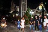 Pemuda Muslim Bantu Pengamanan Gereja di Jayapura