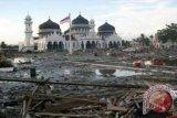Doa bersama di kuburan massal korban tsunami Aceh terapkan prokes