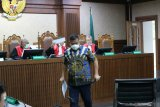 Pengusaha Tommy Sumardi divonis 2 tahun penjara karena terbukti membantu suap dua pati Polri