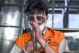 Mantan direktur Garuda Indonesia didakwa terima suap dan pencucian uang