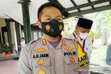 Pengunjung Pantai Ujung Pandaran dipaksa pulang