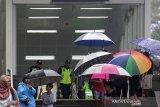 Waspadai hujan disertai petir di wilayah DKI Jakarta pada Senin