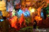 Objek Wisata Goa Putri dipadati pengunjung  liburan tahun baru