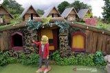 Objek wisata rumah hobbit saat libur awal tahun 2021