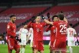 Bayern bangkit dari tertinggal dua gol untuk mengunci kemenangan 5-2 atas Mainz
