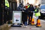 Inggris tutup lab COVID-19 salah berikan hasil tes