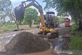 Pemkab Batang alokasikan anggaran perbaikan jalan Rp23,7 miliar