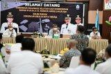 Gubernur Sulsel dorong pengembangan industri garam Jeneponto