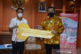 Pemprov Sulteng  serahkan 72 huntap penyintas gempa ke Pemkab Sigi