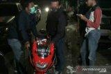 Polisi terpaksa bubarkan balap liar dengan tembakan
