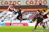 Piala FA - Liverpool dibuat frustrasi tim U-23 Villa meski menang 4-1
