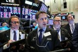 Saham-saham Wall Street  reli, indeks S&P 500, Nasdaq capai rekor penutupan tertinggi