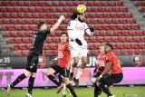Lyon bangkit dari defisit dua gol untuk menahan imbang Rennes