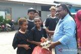 PT Pertamina serahkan bantuan bagi anak binaan sosial di Jayapura