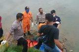 Hilang sejak Jumat, mayat IA ditemukan terapung di Seberang Palinggam
