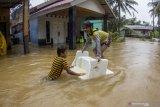 Warga pesisir Batam waspadai  banjir terkait gerhana bulan