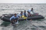 SAR TNI AL persempit area pencarian kotak hitam Sriwijaya Air SJ 182