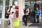 Tim penyidik KPK geledah dua kantor dinas Pemkot Batu