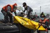 Keluarga korban jatuh pesawat Sriwijaya tunggu proses identifikasi di RS Polri