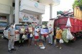 Jasa Raharja Sulut salurkan bantuan bagi warga terdampak COVID-19