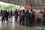 Bupati-Wabup Jayawijaya motivasi masyarakat terima vaksin COVID-19