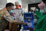 Pastikan siap vaksinasi, Ganjar keliling faskes di Semarang
