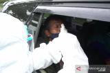 Farmalab sediakan rapid test drive thru  di Bandara SMB II Palembang