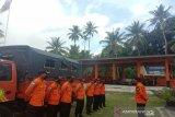 Tim SAR gabungan mencari nelayan yang hilang di Wakatobi