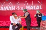 Divaksin COVID-19, Ketua DPRD Kalteng pastikan kondisi tubuh aman