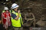 Menteri BUMN Tinjau Penemuan Relief  ENTERI BUMN