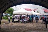 BPBD Mamuju dirikan tenda darurat di RS Mitra Manakarra usai gempa 5,9