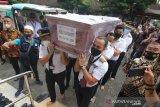 Keluarga korban Sriwijaya terima jenazah Co-Pilot Fadly Satrianto