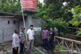 OJK NTB menyalurkan bantuan sumur bor di empat desa krisis air bersih