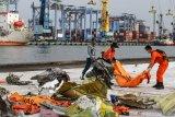 Tim DVI Polri telah menerima 188 kantong jenazah Sriwijaya Air