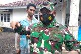 Personel TNI mulai bersihkan reruntuhan gedung akibat gempa Sulbar