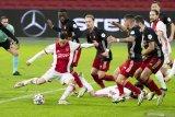 Ajax menang atas Feyenoord 1-0