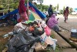 Pengungsi korban gempa di Mamuju Sulbar keluhkan minimnya air bersih