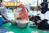PLN Peduli bangun dapur umum bantu penanganan gempa di Sulbar