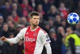 Striker Belanda Klaas-Jan Huntelaar gabung lagi dengan Schalke