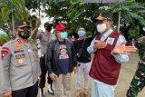 Satu keluarga pengungsi gempa Sulbar diisolasi di Wisata COVID-19