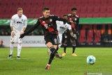 Liga Jerman - Penalti Lewandowski antar Bayern menang di markas Augsburg