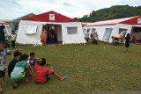 Warga korban gempa Mamuju masih trauma berada dalam rumah